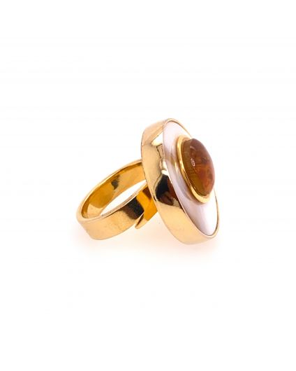 Luz Small Amber and Mother of Pearl Ring